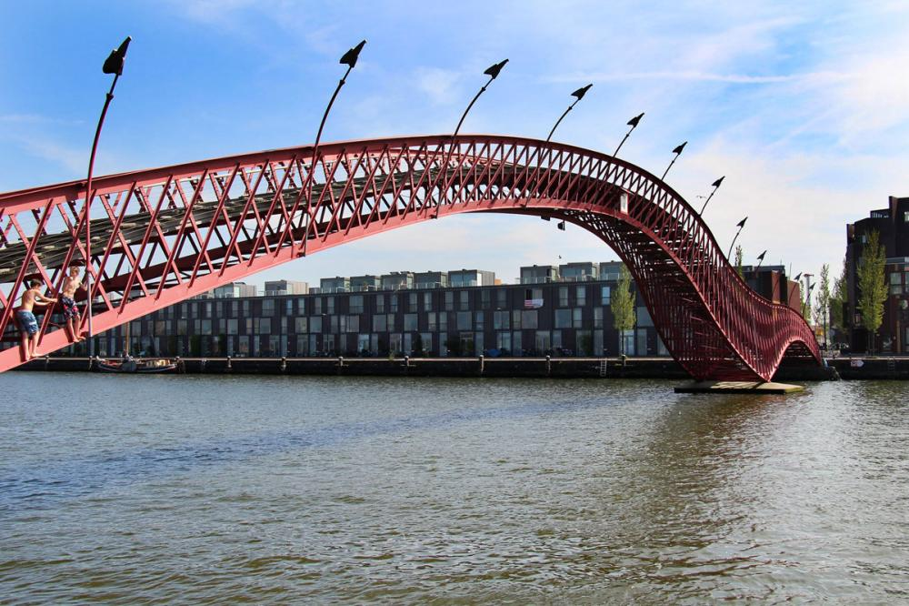 Hoge Brug Python bridge Amsterdam borneo