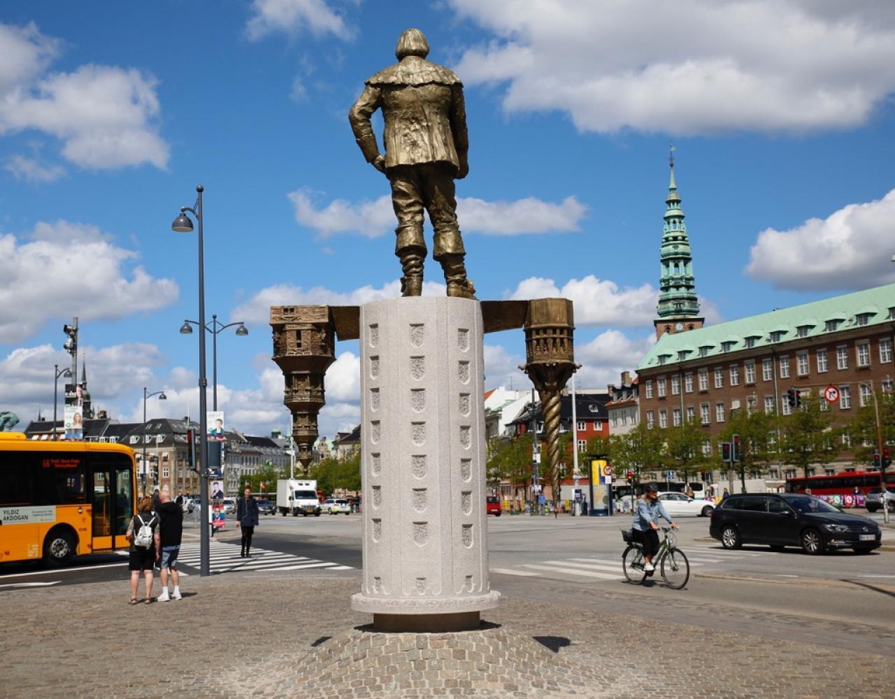 christian iv statue slotsholmen