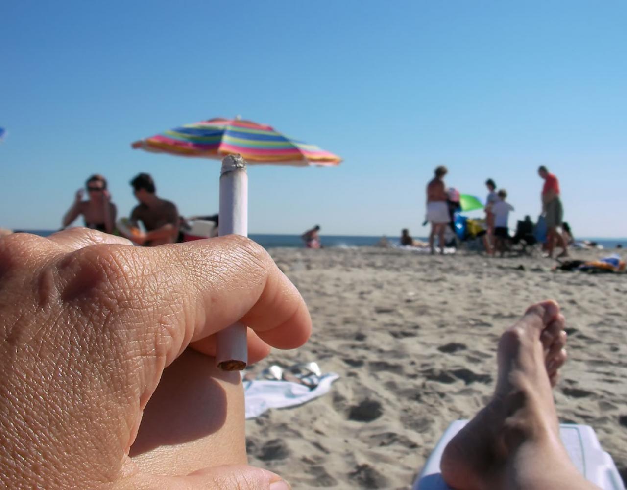 cigaret rygning stranden
