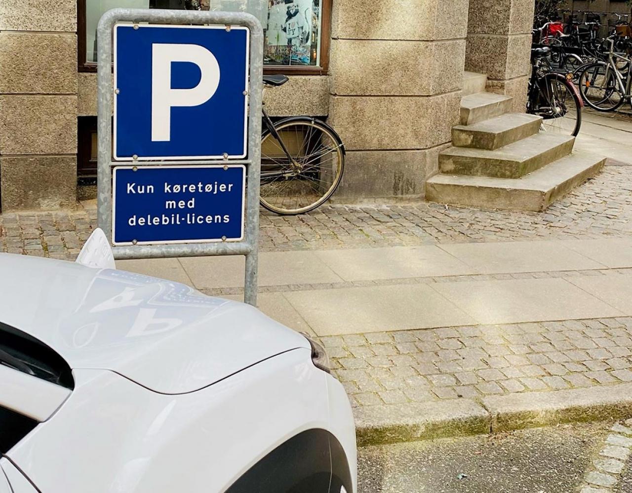 Parkeringsplads til delebil
