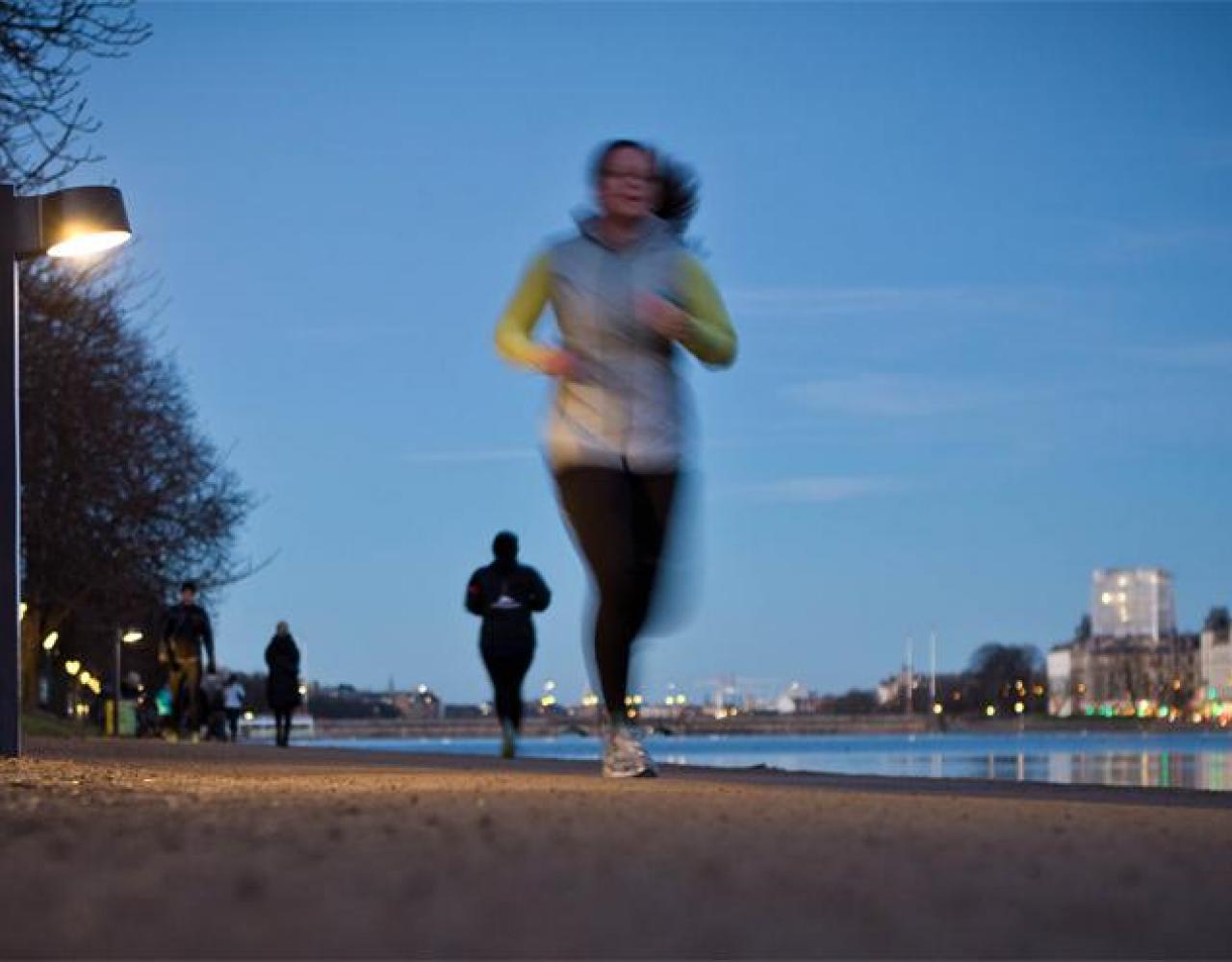 Løb, Søerne, aften