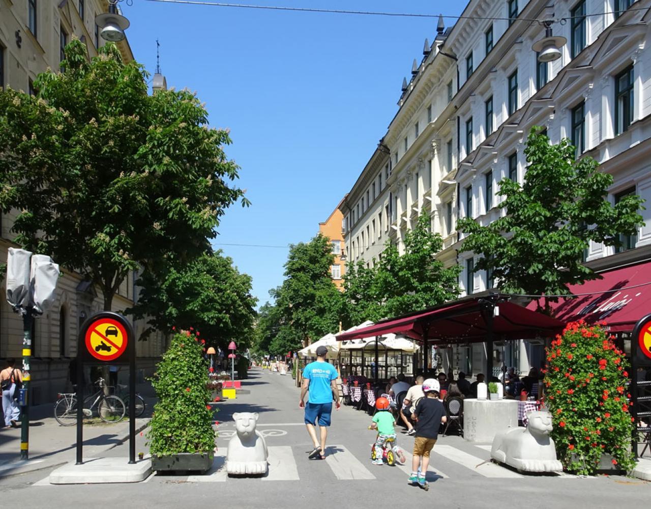 Gågade sommer stockholm