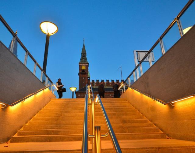 rådhuspladsen metrotrappe