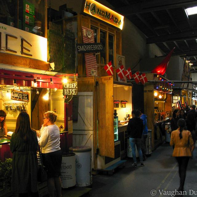 Papirѳen (Street Food Markets), Copenhagen