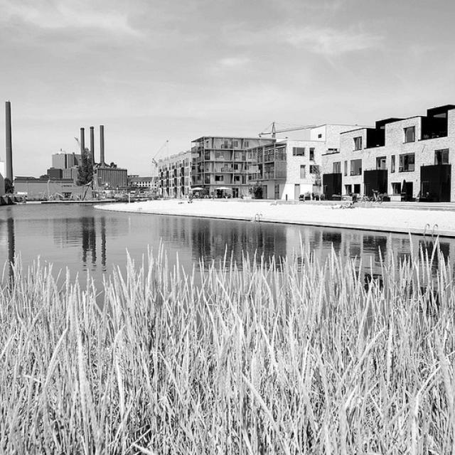 8566  Neubaugebiet Havnevigen in Kopenhagen - ca. 400 Eigenturmswohnungen an einer künstlichen Bucht mit Badestrand nahe dem Südhafen.