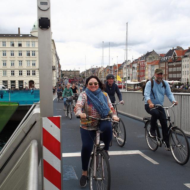 Sylvia Crossing Inderhavnsbroen