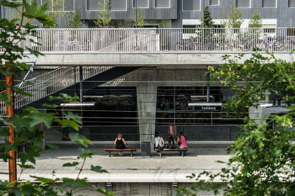perron plateau carlsberg station