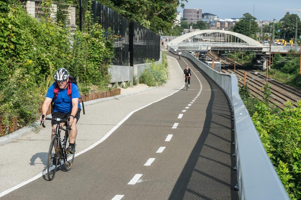 cykelsti baneterræn valby bakke