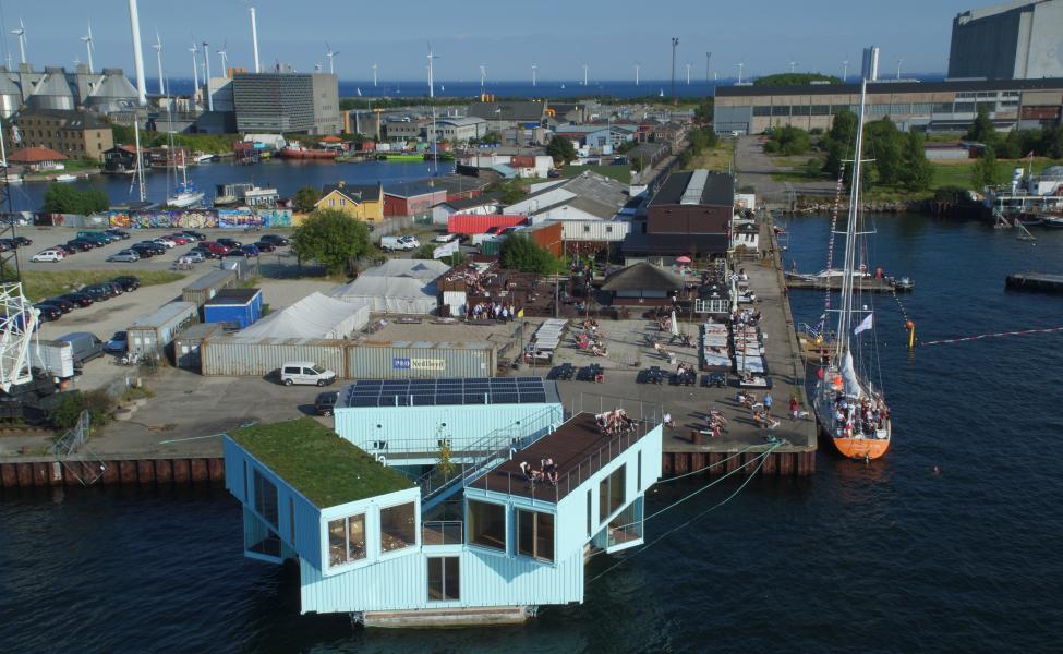 refshaleøen container husbåd