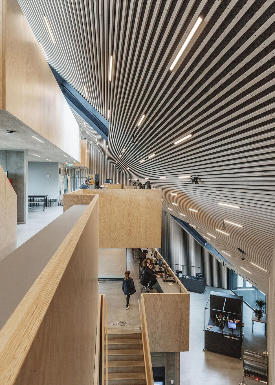 tingbjerg bibliotek balkoner