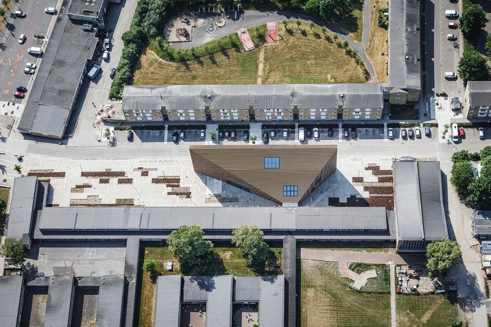 tingbjerg kulturhus forplads fugleperspektiv