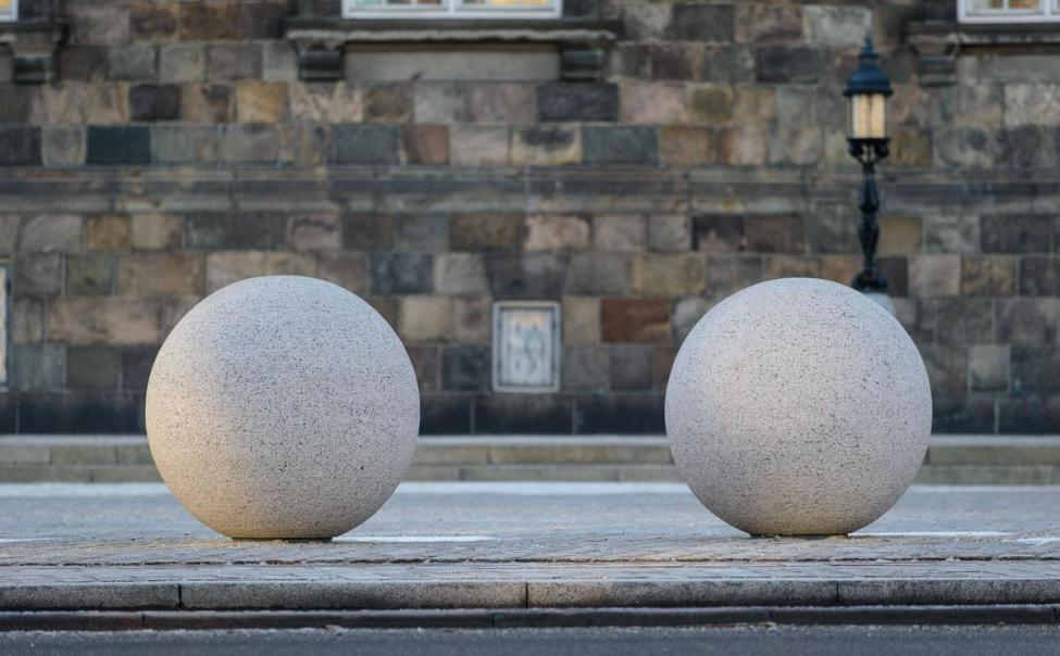 granitkugle christiansborg