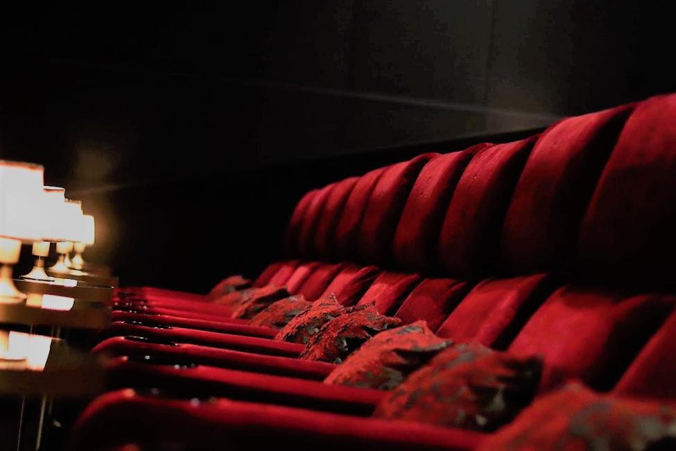 moviehouse stole