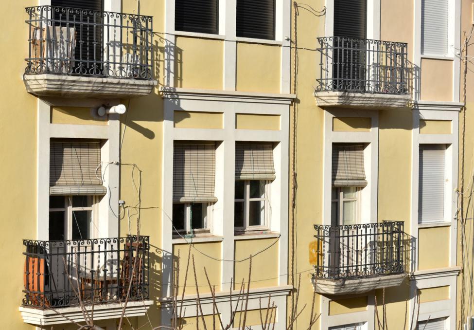 Spansk facade altaner