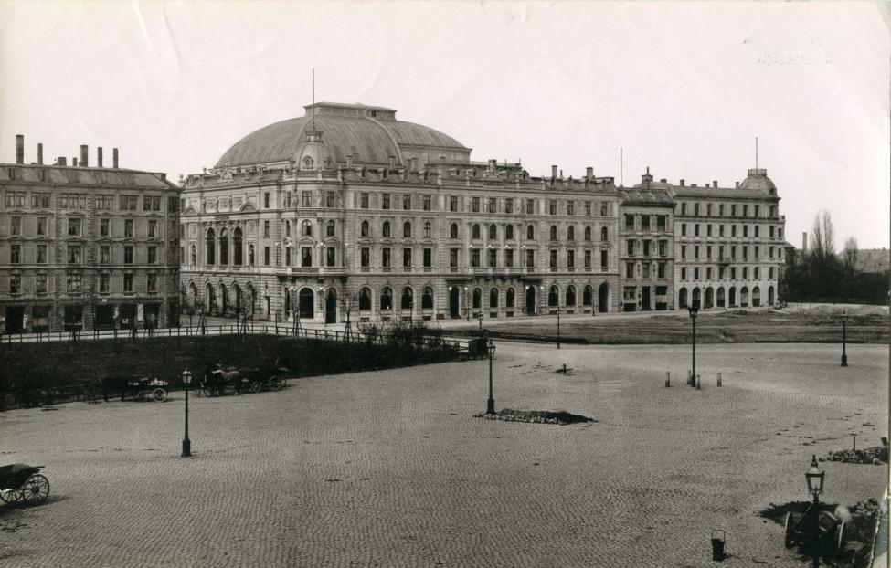 Rådhuspladsen Dagmar Teatret 1885