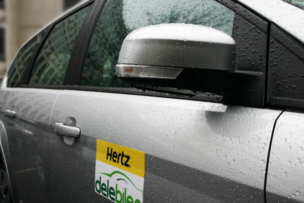 hertz delebilen closeup