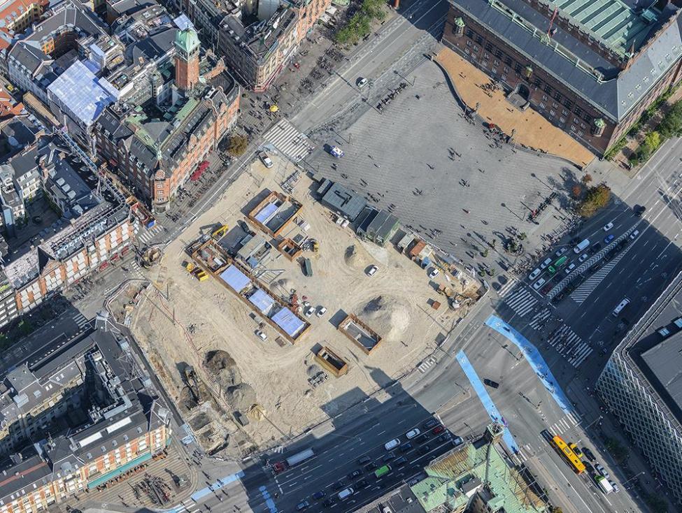 Rådhuspladsen luftfoto september 2018 metro