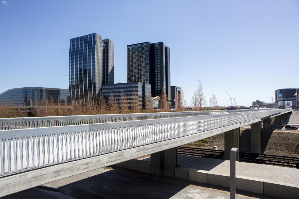 bro over øresundsmotorvejen