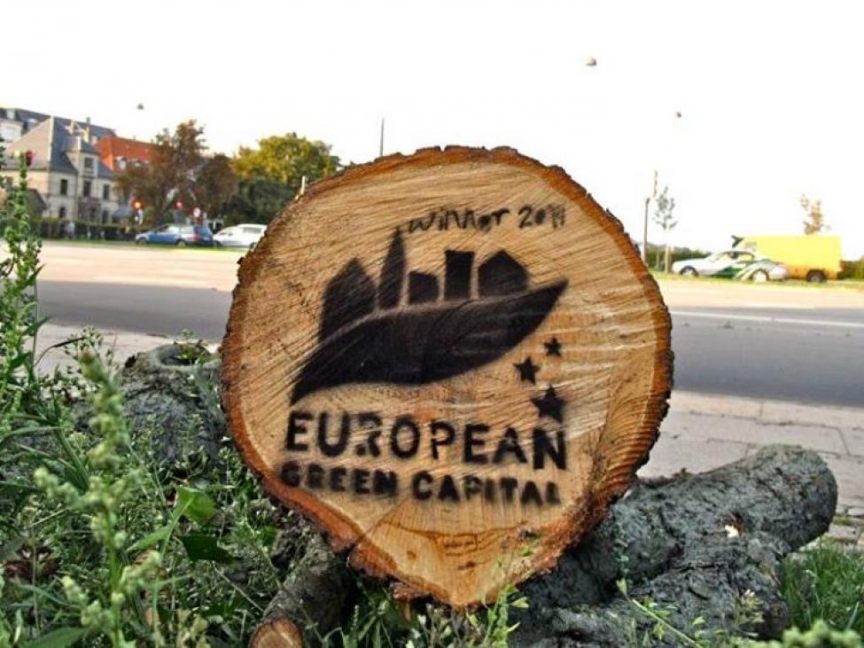 stencil red byens træer