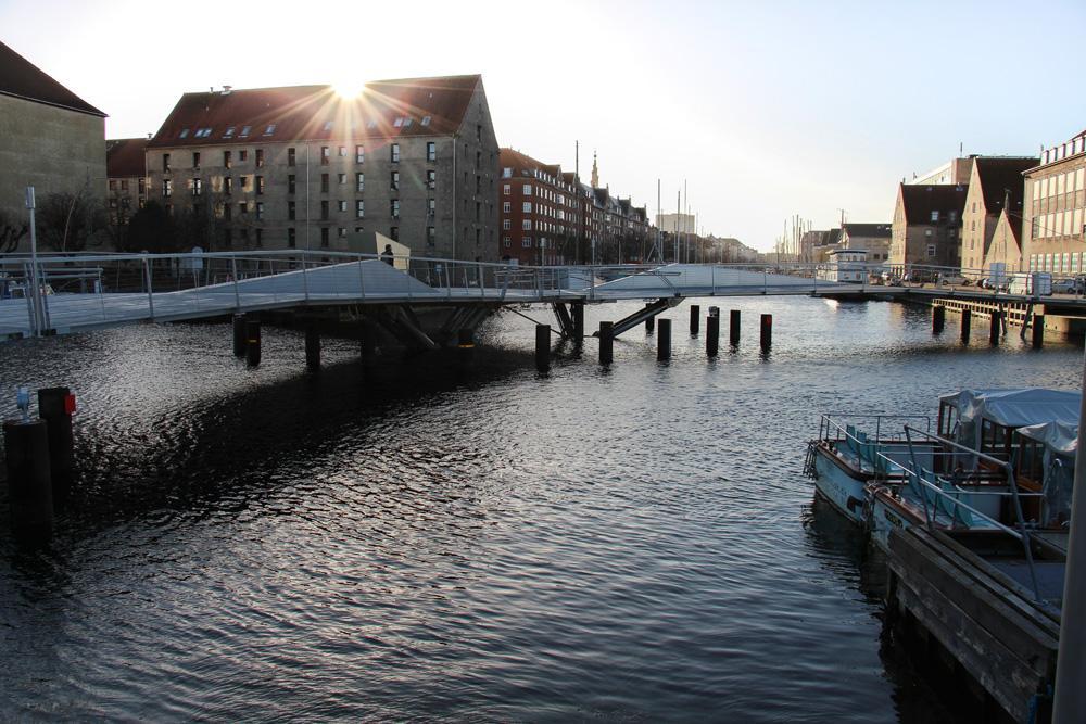 bro til papirøen